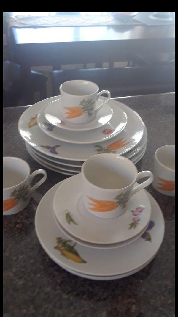 nueva ... 25 dllsVajilla county fair porcelaind 16 piezas