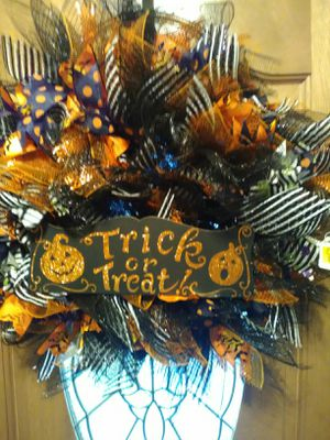 Handmade Halloween wreath for Sale in Orange, TX
