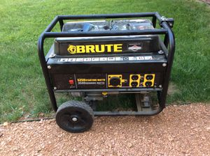 Generator 3500 Watt continues, 5250 peak. Very good condition. Purchased a whole house generator. Purchased new 2016 very low hours. for Sale in Elcho, WI