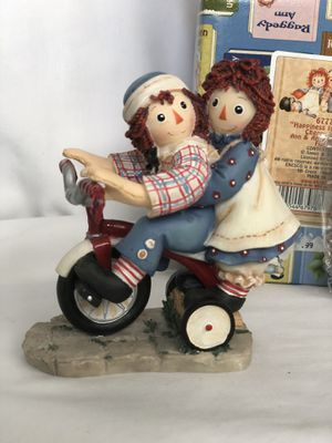 """Raggedy Ann And Andy Figurine 677762 """"Happiness Is Sharing A Cheery Smile"""" for Sale in NW PRT RCHY, FL"""
