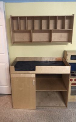 Toddler changing table and diaper organizer for Sale in Pleasant Hill,  CA