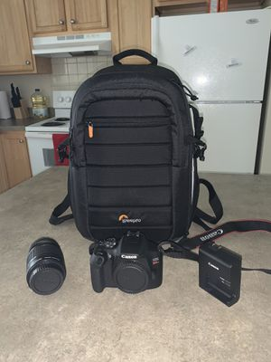 Canon T7 for Sale in Cleveland, OH