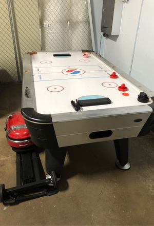 Air hockey table. Need gone today. for Sale in Garland, TX