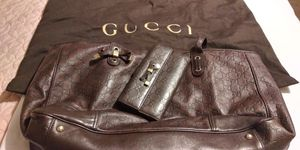 Large Authentic Gucci purse w matching wallet for Sale in Carrollton, TX