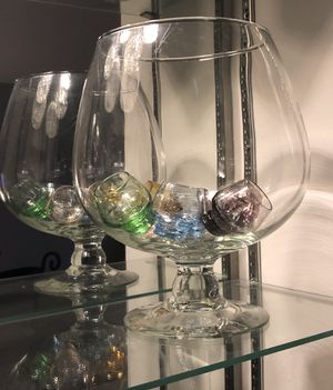Super Globe Footed Fish Bowl Glass w/Shot Glasses for Sale in Lombard, IL