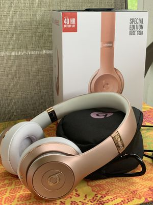 Beats solo3 wireless rosegold headphones for Sale in NEW PRT RCHY, FL