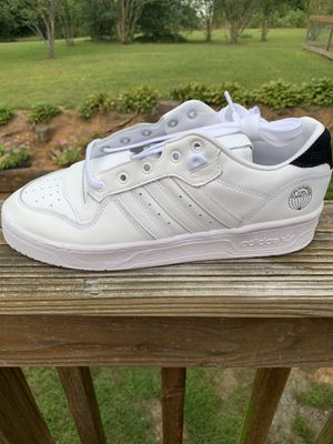 Men's adidas Rivalry low size 10. for Sale in King, NC