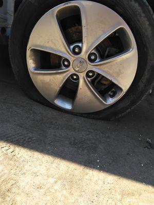 "16"" inch Kia wheel rim for Sale in Los Angeles, CA"