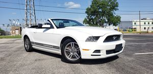 2013 FORD MUSTANG CONVERTIBLE for Sale in Dallas, TX