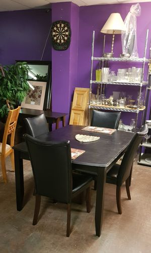 Dining table + chairs for Sale in Norcross, GA