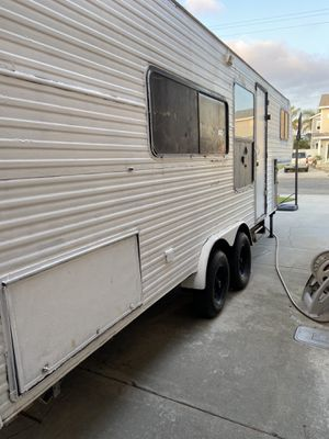 Fifth wheel trailer . $1000.00 for Sale in Imperial Beach, CA