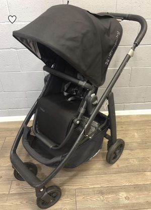 Cruz Uppababy 2015- Jake- all black... used, scratches on base metal for Sale in Palos Verdes Estates, CA