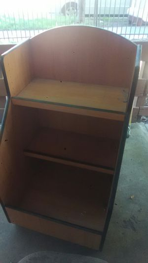 20$!Kids toy box with shelves for Sale in San Diego, CA