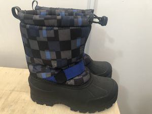 Boys -kids- Snow Boots size 3 for Sale in National City, CA