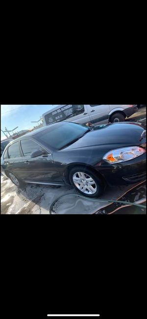 2016 Chevy impala for Sale in Fresno, CA