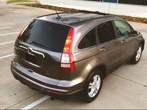 SELLING ONE OWNER HONDA CRV 2010 WELL MAINTAINED NEW TIERS for Sale in Jacksonville, FL
