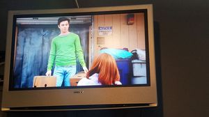 Sony 32 inch TV Damaged but still works for Sale in Chula Vista, CA