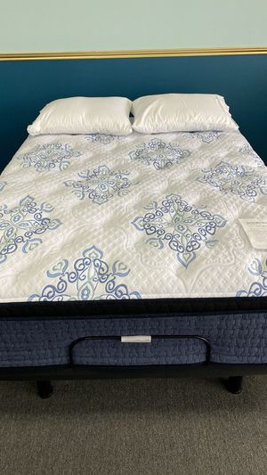Ashley Sierra Sleep Queen Pillow Top Mattress with Memory Foam 4S for Sale in Irving, TX