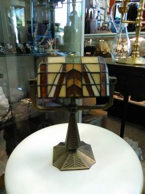 Small stained glass candle lamp Tiffany style shade for Sale in Spring Valley, CA