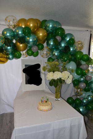 Balloon garland for Sale in Gardena, CA