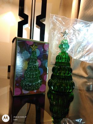 1972 Vintage Avon YULE TREE Sonnet Cologne 3 fl oz full NOS NIB Collectible Green glass Christmas 🎄 for Sale in Belleville, MI
