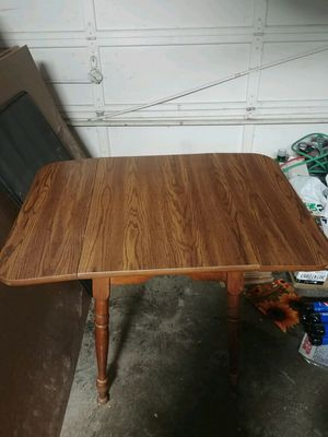 Kitchen table for Sale in Fort Wayne, IN