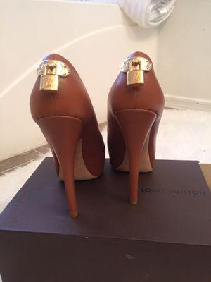 Authentic Louis Vuitton Heels Size 7.5 for Sale in Tolleson, AZ