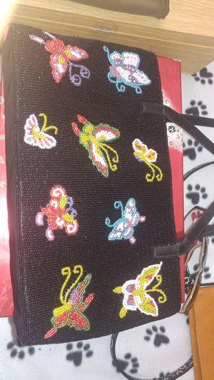 Bonita bolsa bordada en chaquira for Sale in Riverside, CA