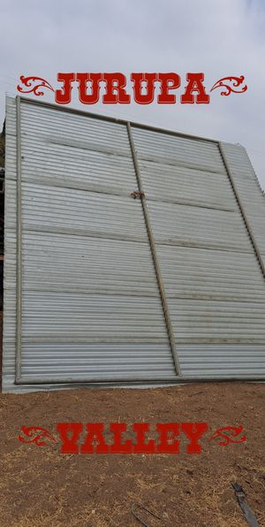 Horse corral roof shelter for Sale in Jurupa Valley, CA