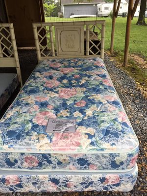 Nice twin bamboo bed w/mattress set, clean,very good condition for Sale in Waynesboro, VA