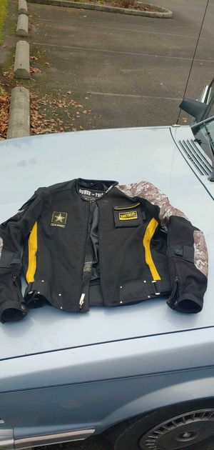 Till 9pm only!!! Power Trip size medium official army motorcycle coat $50 for Sale in Tacoma, WA