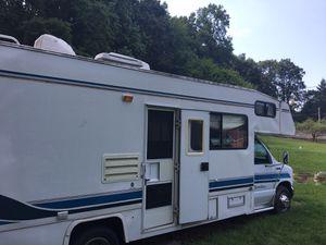 Renovated!!Rv camper motorhome ford E460 class c for Sale in Philadelphia, PA