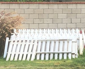 White wood picket fence for Sale in Anaheim, CA