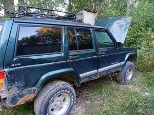 1999 Jeep Cherokee Sport for Sale in Gowen, MI