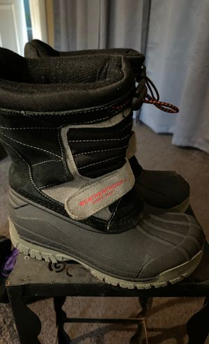 Young boy Kid Size 12 Weatherproof boots snow boots for Sale in Torrance, CA