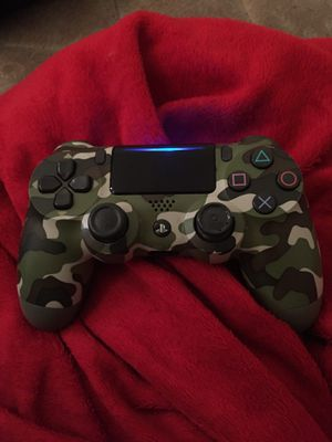 Camo ps4 controller for Sale in Greenville, NC