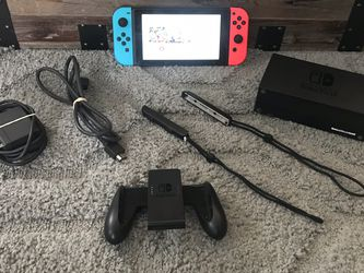 Nintendo Switch $295 for Sale in Ravenna,  OH