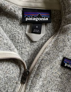 Patagonia Pullover Size Small for Sale in Newton,  NC