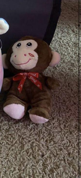 Toy monkey plushie