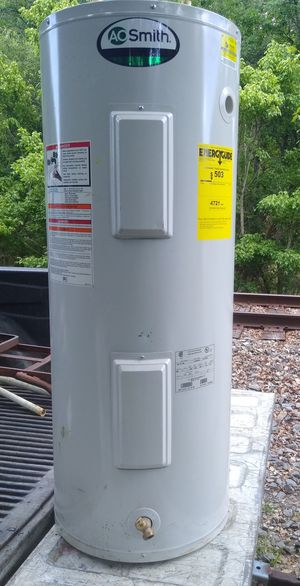 30 Gallon Electric Hot Water Heater for Sale in Brooksville, FL