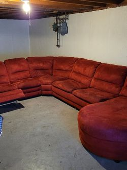 Sectional w/recliner, sleeper, & Chaise and Coffee Table for Sale in Florissant,  MO