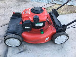 Troy-Bilt TB200 150-cc 21-in Self-propelled Gas Lawn Mower with Briggs & Stratton Engine no bag works great for Sale in Colton, CA