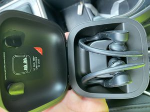 Powerbeats Pro Wireless Earphones - Apple H1 Headphone Chip, Class 1 Bluetooth, 9 Hours Of Listening Time, Sweat Resistant Earbuds - Black for Sale in Fort Lauderdale, FL