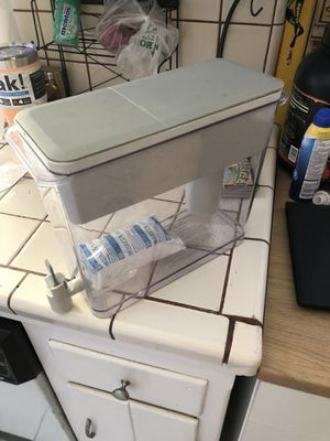 Brita Dispenser. New filter still in package. for Sale in La Mesa, CA