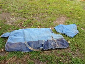 Size 78 Weatherbeeta 1200d turnout blanket for Sale in Gresham, OR