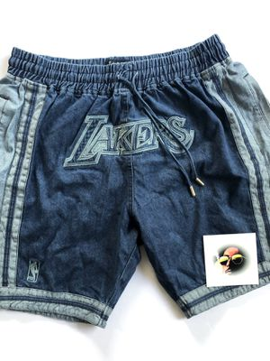 LA Lakers Denim Jean Shorts w/ Pockets - Mens XL for Sale in Los Angeles, CA