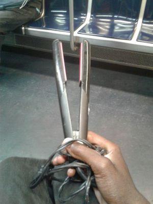 Hair straightener for Sale in Revere, MA