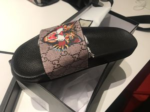 Women Gucci Slides Size 7 for Sale in Chevy Chase, MD