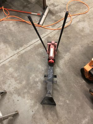 Hydraulic wood splitter for Sale in Smithfield, RI