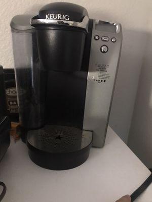 Keurig coffee maker for Sale in Joshua, TX